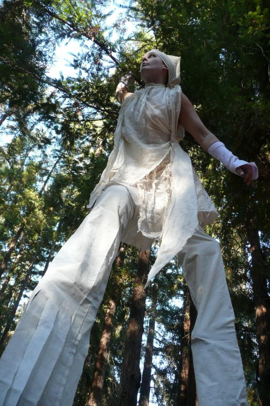 Deirdre Morris -- stiltwalking performance